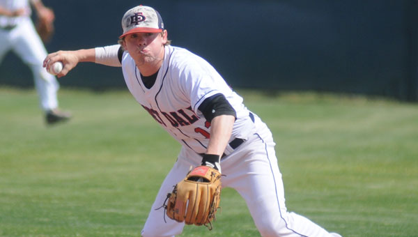 The Alabama Sports Writers Association named Fort Dale Academy alumnus Drake Cabe AISA Hitter of the Year.  Cabe also earned a first-team spot on the 2015 AISA All-Star team.