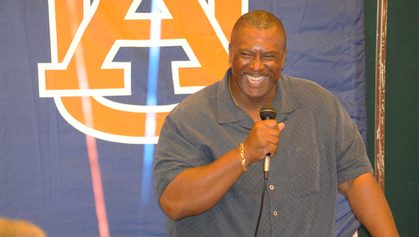 Auburn University associate head coach and recruiting coordinator Rod Garner spoke Friday night on the impact Auburn has made on his life, even after his temporary departure.
