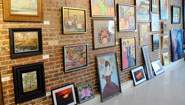 High Horse Gallery officially closed Dec. 31. (File Photo)