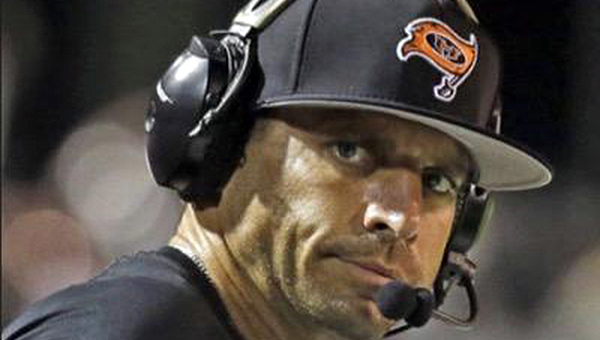 Josh Niblett, head football coach at Hoover High School, will serve as the keynote speaker at the annual Achiever Award banquet. (Photo courtesy of Josh Niblett's Twitter account)