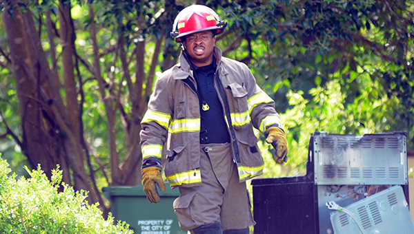 Greenville firefighters responded to a house fire on Administrative Drive Wednesday morning. After arriving firefighters found the fire was on the stove. They extinguished the fire and removed the stove from the home. (Advocate Staff/Andy Brown)