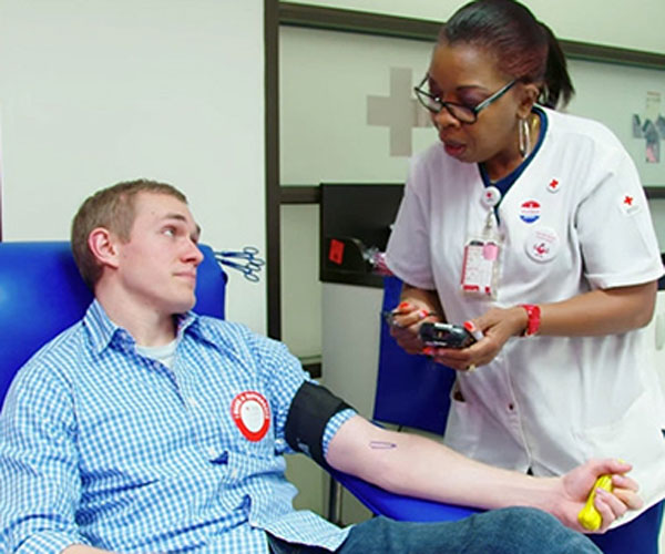 The American Red Cross has issued an emergency request for blood and platelet donations. Right now, the Red Cross has less than a five-day supply of blood on hand.  At least a five-day supply is needed to meet the needs of hospital patients and be prepared for any emergencies that might require lots of donated blood products.